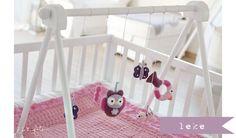 Baby-Deco: Hoy me gusta: Móvil de Amigurimis en la cuna o en el parque