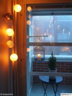 pallovalot, jouluvalot, valosarja, parveke, lintuhäkki