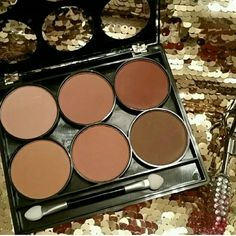 Powder Contour Palette for medium to dark skin Powder Contour Palette / Bronzer / Highlighter. Smells wonderful, not that cheap makeup smell. Perfect go-to palette for daily use! Blends easily / for medium to dark skin tones. NEW, FRESH, NEVER OPENED OR SWATCHED! this is a retail style listing, I have more than 1 available. brand is a boutique brand called Starry Makeup Face Powder