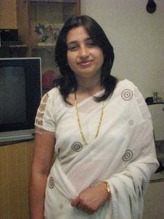 Indian housewives aunties and secret relationship unsatisfied aunty mumbai Aunties Photos, Women Looking For Men, Women Seeking Men, Indian Girls Images, The Girlfriends, Babydoll Lingerie, India Beauty, Real Women