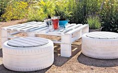 Incredibly useful tips for gardening on a shoestring - Telegraph diy garden furniture Incredibly useful tips for gardening on a shoestring Tire Furniture, Pallet Garden Furniture, Pallets Garden, Outdoor Furniture Sets, Outdoor Decor, Vintage Furniture, Furniture Ideas, Farmhouse Furniture, Furniture Companies