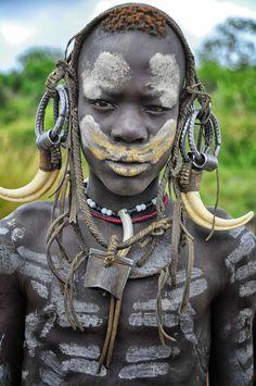 Mursi Tribe, Omo Valley, Ethiopia (8116194819).jpg