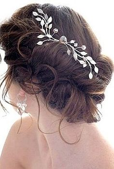 Yeni Trend Dağınık Gelin Saçı Topuz Modelleri fotoları