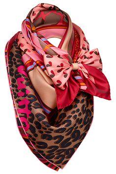 Louis Vuitton - Women's Accessories - 2011 Fall-Winter                                                                                                                                                                                 Más                                                                                                                                                                                 Más