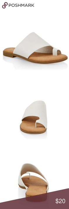319d7701d NWT - White Comfy Sandals w  Toe Ring Slip As seen True to fit Comfy Brand  new Excellent condition Multiple sizes house of she Shoes Sandals