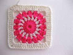 round five. | Hip to Hook :: May www.sarahlondon.wordpress.c… | sarah london textiles | Flickr