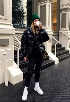 29 Casual Winter Fashion Outfits Trends For more fashion style outfits winter, winter stylish outfits for women, womens fashion fall … Winter Outfits Warm Casual, Winter Mode Outfits, Winter Fashion Casual, Winter Outfits Women, Fashion Fall, Womens Fashion, Fashion Ideas, Fashion Basics, Women's Casual