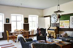 rustic cabin, living room, dining room, wood paneled walls