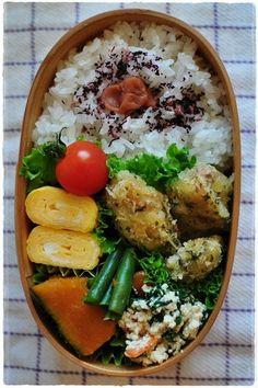 カキフライ、卵焼き、春菊の白和え、カボチャとインゲンの煮物、 bento 2012/12/12