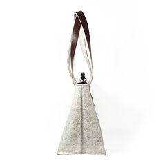 shoulder bag - ANNA - white melange 2 Anna White, Purses And Bags, Shoulder Bag, Queen, Handbags, Rings, Totes, Shoulder Bags, Ring