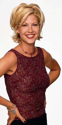 Looking for the official Jenna Elfman Twitter account? Jenna Elfman is now on CelebritiesTweets.com!