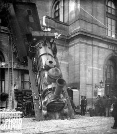 The Great Paris Train Wreck, 1895