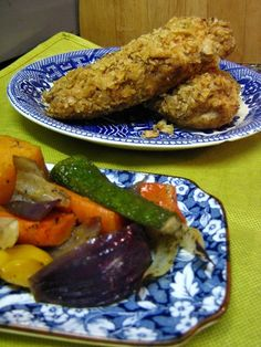 Well if you are a fan of KFC chicken, I have a recipe that I reckon is just as good. It's not a knock off version of KFC's famous award-winning recipe or even close to how KFC actually cook their chicken. Kfc, Roasted Vegetables, Quick Meals, Family Meals, Great Recipes, Food To Make, Crushes, Chips, Chicken