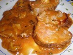 Solomillo de cerdo en salsa cazadora - Receta Petitchef Chicken Salad Recipes, Pork Recipes, Cooking Recipes, Recipies, Spanish Kitchen, Lechon, Ceviche, Kids Meals, Tapas