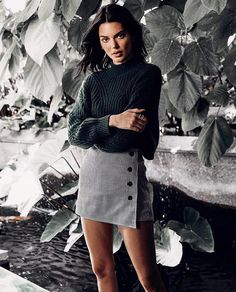 Take a look at the Kendall Jenner style file, the very best looks damaged by on fad Kendall. Kendall Jenner Casual, Kris Jenner, Kendall Jenner Outfits Casual, Kendall Jenner Estilo, Kendall Jenner Clothes, Kendall Jenner Fashion, Kendall Jenner Workout, Kendall Jenner Photoshoot, Kendall Jenner Modeling