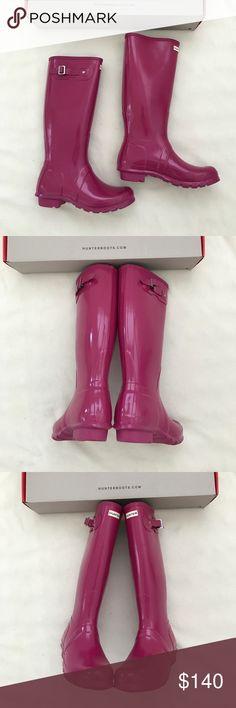 Brand new Hunter Original Glossy rain boots US size 6, euro 37 color is peppercorn Hunter Shoes Winter & Rain Boots