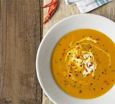 I think this Butternut Squash Soup with Chilli and Creme Fraiche is wonderful. I think this Butternut Squash Soup with Chilli and Creme Fraiche is Bbc Good Food Recipes, Fall Recipes, Soup Recipes, Cooking Recipes, Vegan Recipes, Recipies, Cooking Videos, Recipes Dinner, 300 Calories