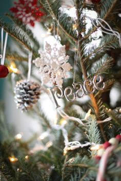 7 Ways to Replace Stress with Peace During Christmas - Mormon Women Stand