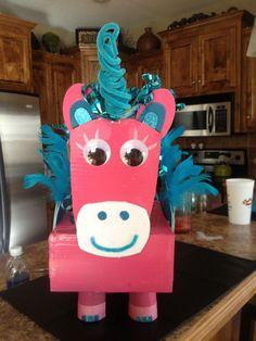 My daughters flying unicorn valentines box! Homemade Valentine Boxes, Valentine Day Boxes, Valentines Art For Kids, Valentine Day Crafts, Valentine Ideas, Unicorn Valentine, Unicorn Party, School Holiday Party, Valentine's Cards For Kids