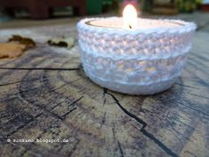 Häkelhülle für Teelicht   Crochet sleeve for tealight