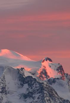 The minute after sunset, Alps, byElysium 2010, on flickr.