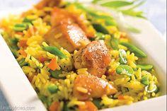 ¡Cocina diferente! Arroz con pollo y verduras al azafrán - http://www.leanoticias.com/2014/01/21/cocina-diferente-arroz-con-pollo-y-verduras-al-azafran/