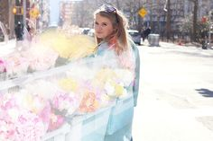krist.in | flowers happy new york streetstyle pastel mint coat outfit