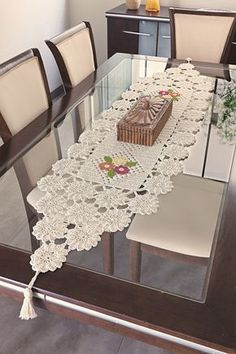 - Diy Crafts - M - Diy Crafts Crochet Square Patterns, Crochet Stitches Patterns, Crochet Motif, Crochet Designs, Filet Crochet, Crochet Table Topper, Crochet Table Runner Pattern, Crochet Tablecloth, Crochet Decoration