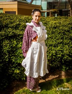 Purple komon with a French traditional pinafore.