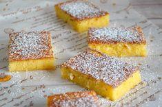 No son un brownie, pero se le parecen mucho. Deliciosos cortaditos de limón con los que acompañar el café de la merienda.