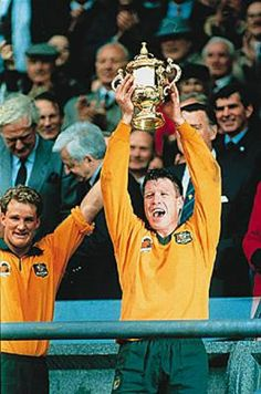 The Wallabies bt England 12–6 in the 1991 Rugby World Cup captained by Nick Farr-Jones.
