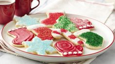 Top 10 Betty Crocker Classic Christmas Cookies -- Every family has their go-to holiday cookie recipe. Here at Betty Crocker, these are the top 10 we turn to year after year. Christmas Sugar Cookie Recipe, Sugar Cookie Recipe Easy, Easy Sugar Cookies, Cut Out Cookies, Holiday Cookies, Cookie Recipes, Icing Recipe, Cookie Ideas, Pillsbury Sugar Cookies