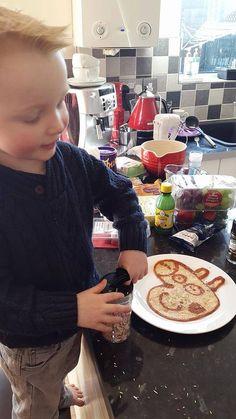 We adore this cute Peppa Pig pancake! What a mouthful! #prizepancake #pancakes