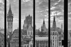 De Belgische fotograaf Koen van Damme werkt sinds 1994 als architectuurfotograaf. Deze foto is genomen in Gent.