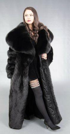 Black Fur Coat, Long Fur Coat, Sable Coat, Fur Coat Fashion, Fox Coat, Radler, Pinup Girl Clothing, Fabulous Furs, Valentino