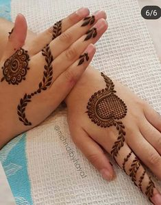 65 Fresh and Latest mehndi designs to try in 2020 Palm Mehndi Design, Mehndi Designs Book, Mehndi Designs 2018, Mehndi Designs For Girls, Mehndi Designs For Beginners, Mehndi Designs For Fingers, Beautiful Mehndi Design, Mehndi Designs For Hands, Mehandi Designs