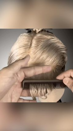 Hair Cutting Videos, Hair Cutting Techniques, Pixie Hairstyles, Simply Hairstyles, Corte Y Color, Long Pixie, Girly Pictures, Hair Tools, Hairdresser