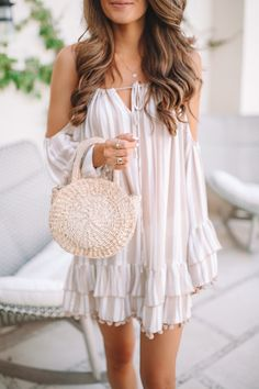 pom pom coverup, outfit idea for spring break