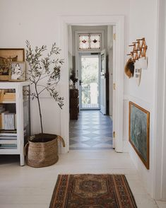 Best Home Decoration Ideas Decoration Hall, Decoration Entree, Style At Home, Interior Natural, Houses Architecture, Country Look, Home And Deco, Interior Exterior, Home Fashion