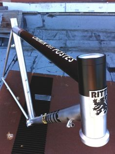 Ritte stainless with setup for disc brakes and Roubaix geometry