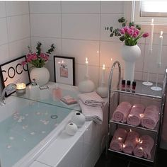 Bathroom ideas, bathroom remodel, bathroom decor and bathroom organization! Bathrooms can be beautiful too! These are the bathrooms that inspire me the most from claw-foot tubs to shiny fixtures. Bathroom Interior, Bathroom Remodeling, Remodeling Ideas, Bathroom Ideas, Budget Bathroom, Small Bathroom, Pink Bathroom Decor, Modern Bathroom, Master Bathroom