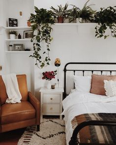 14 Over-The-Bed Wall Decor Ideas | HuffPost