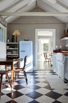 Steal This Look: An Antique Dealer's DIY Kitchen, Painted Checkerboard Floor Included - Remodelista F&B Dove Tail walls