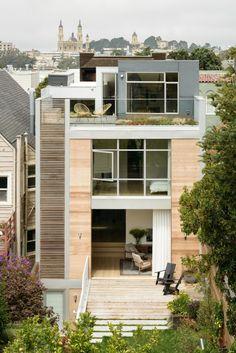 Jaloersmakend familiehuis waar de schommel aan de trap hangt - Roomed | roomed.nl