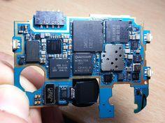 GT-I9505 motherboard