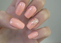 Soft peach glitter