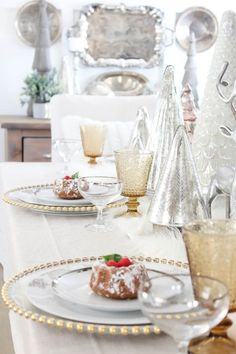 Christmas Tablescape   Rooms FOR Rent Blog