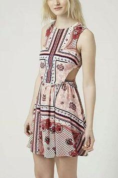 Flolar Printing Cut Out Mini Dress - US$17.95 -YOINS
