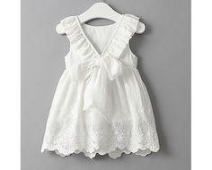bébé robe blanc dentelle crochet pétale fée fille fleurs de mariage mignon romantique d'anniversaire par RiverOfRomansk sur Etsy https://www.etsy.com/fr/listing/470188837/bebe-robe-blanc-dentelle-crochet-petale