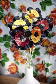 vinyl+flowers.jpeg 480×720 pixels